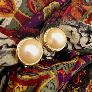 Authentic Vintage Nina Ricci Mabe Earrings